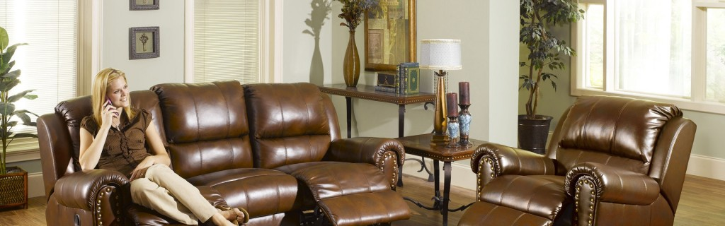 living_room_sofa_woman_furniture_style_39328_3840x1200